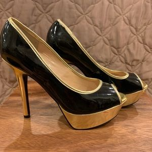 Guess black and golden high heels